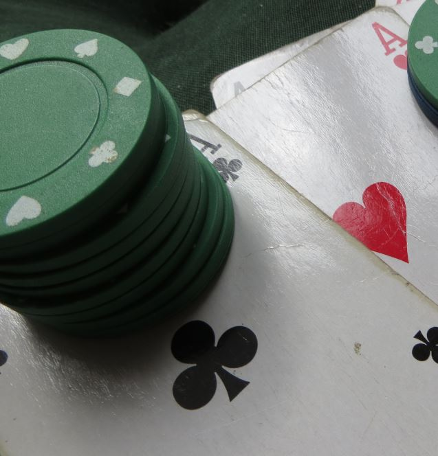 Pokerkarten und Pokerchips